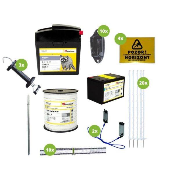 Na sliki so električni pastir Horizont Trapper B22, izolator, opozorilna tablica, palice, pocinkana palica, vez za trak, povezovalni kabel, baterija in ročka.